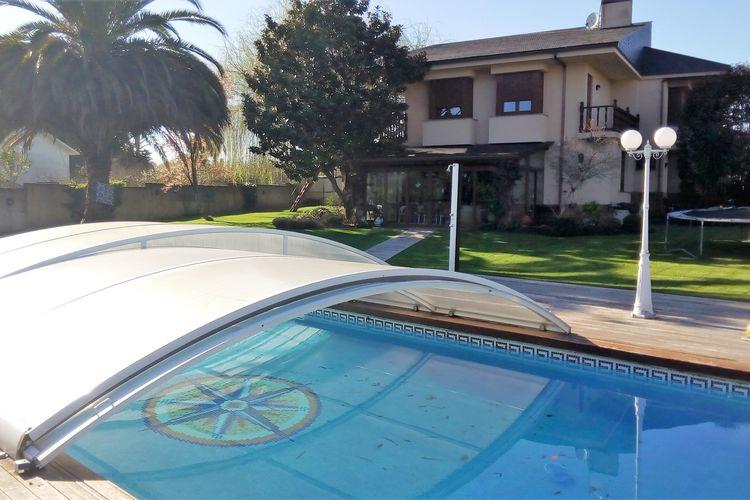 Villa met zwembad met wifi  Ouces, Bergondo  Playa Sada
