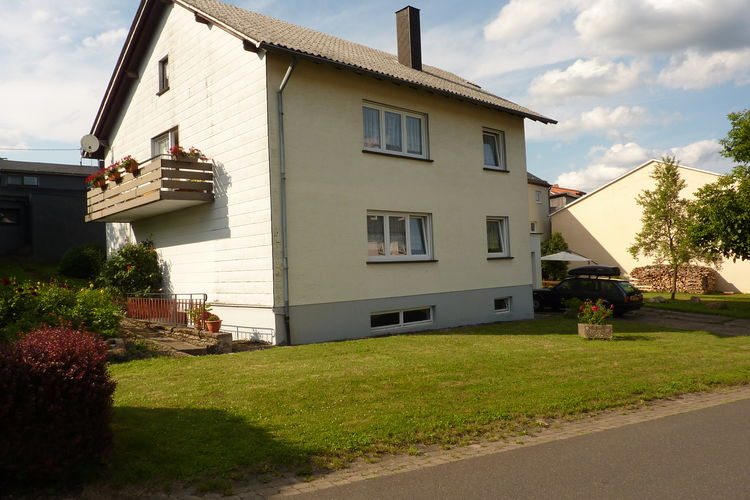 Vakantiehuis    Schillingen