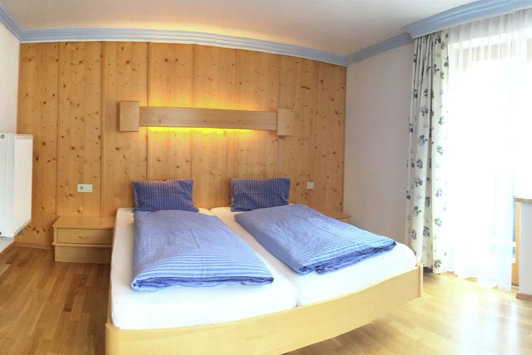 Ref: AT-5753-71 3 Bedrooms Price