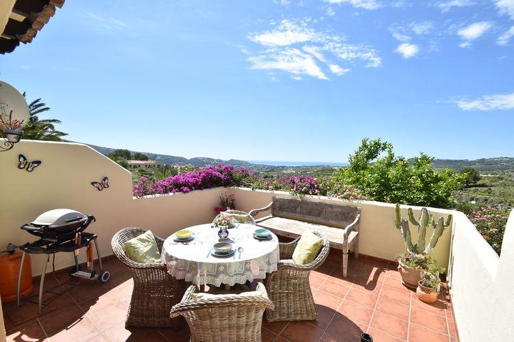 Spanje | Costa-Blanca | Villa te huur in Moraira met zwembad  met wifi 4 personen