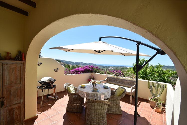 Villa met zwembad met wifi  MorairaCasa Kola