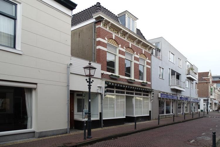 Haarlem Vakantiewoningen te huur Familiehuis met groot terras in centrum van Haarlem. Dichtbij zee en Amsterdam.