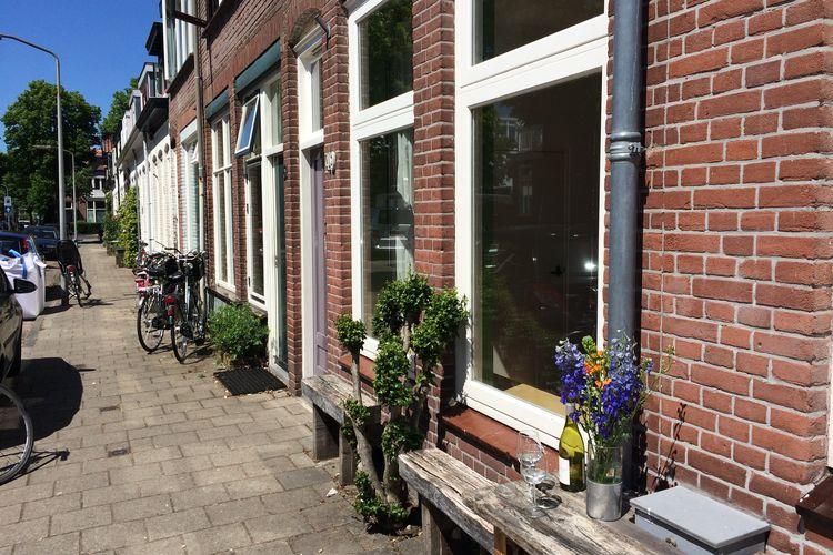Vakantiewoning  met wifi  Haarlem  Familiehuis in Haarlem dichtbij strand en Amsterdam. 5 fietsen beschikbaar.