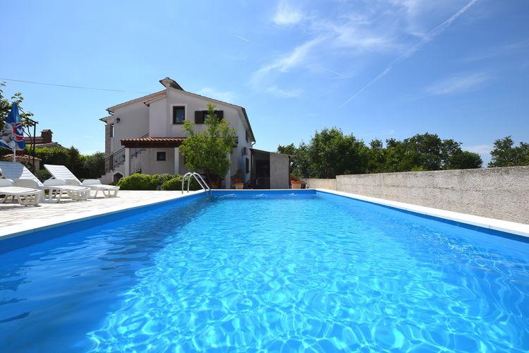 Kroatie | Istrie | Appartement te huur in Pore met zwembad  met wifi 5 personen