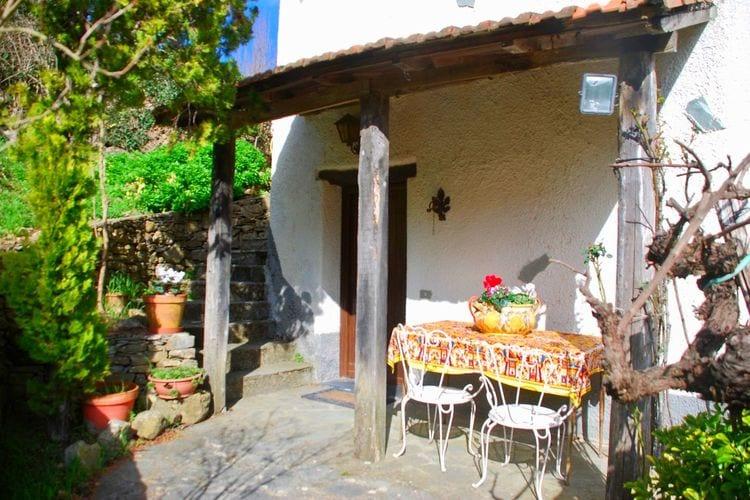 Italie | Lig | Vakantiehuis te huur in Stellanello    6 personen