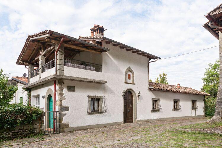 Vakantiehuizen Italie | Toscana | Vakantiehuis te huur in Migliorini-Pistoia met zwembad   5 personen