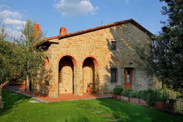 CASTIGLION-FIORENTINO Vakantiewoningen te huur Villa met privézwembad, 2 km van stadje, ruime tuin en prachtig uitzicht