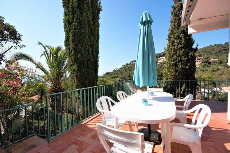 Spanje | Costa-Brava | Vakantiehuis te huur in Santa-Cristina-dAro   met wifi 6 personen