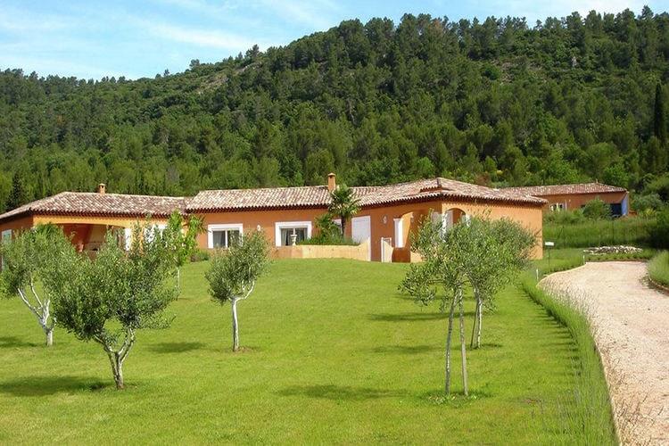 Vakantiehuis met zwembad met wifi  Provence-Alpes Cote d Azurcamps la source
