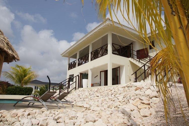 Villa huren in  Curacao - met zwembad nabij Strand met wifi met zwembad voor 4 personen  Aan een rustige weg in de wijk Vis..