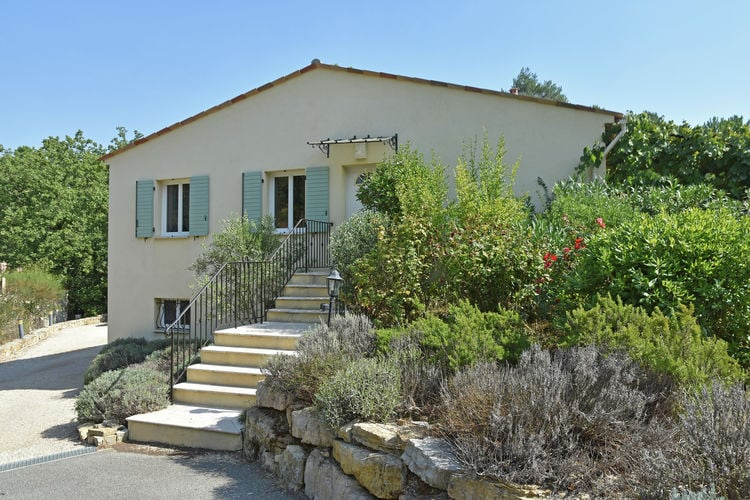Montauroux Vakantiewoningen te huur Mooie airconditioned villa met gedeeld zwembad bij de Côte d