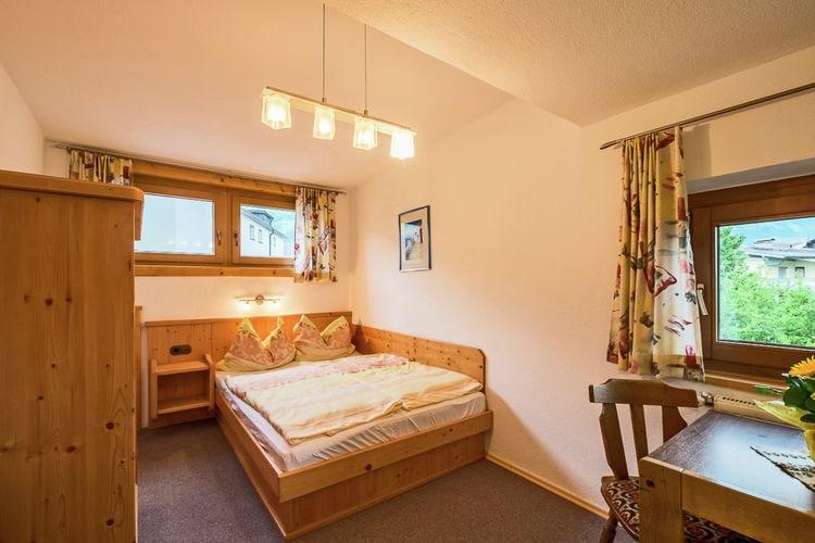 Vakantiehuizen Oostenrijk | Tirol | Appartement te huur in Fugen   met wifi 4 personen