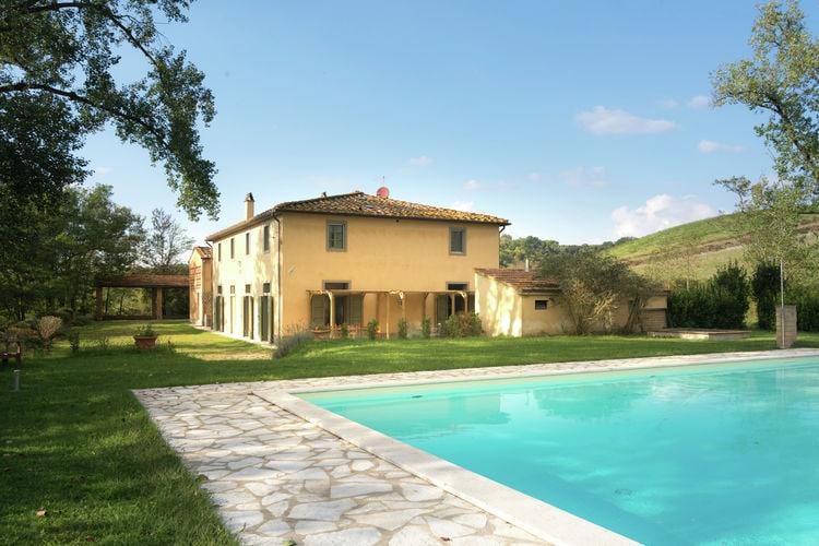 Italie Vakantiewoningen te huur Mooie vrijstaande villa met zwembad op prachtig Toscaans landgoed