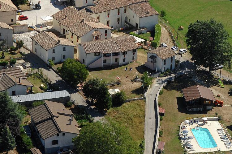Boerderij italie, Umbrie, Sellano Boerderij IT-00008-46