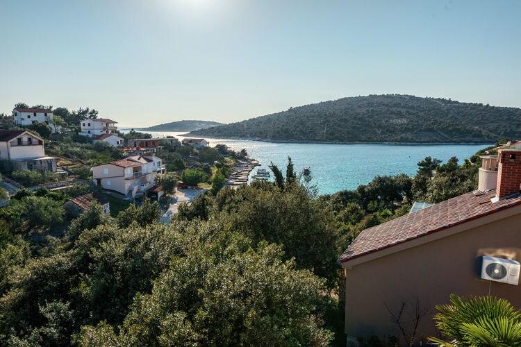 vakantiehuis Kroatië, Dalmatie, Sevid, Marina vakantiehuis HR-21222-10