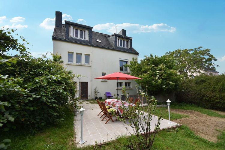 Clohars-Carnoët Vakantiewoningen te huur Moderne vrijstaande woning op slecht 1 km van het strand met grote omheinde tuin