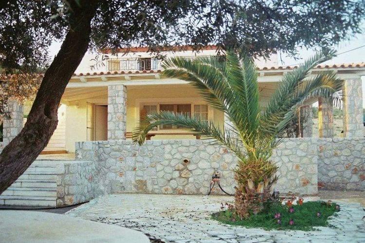 Villa  met wifi aan zee Agios Aimilianos Porto Heli  Groot huis, bestaand uit 2 delen, dichtbij 2 prachtige stranden met zeezicht