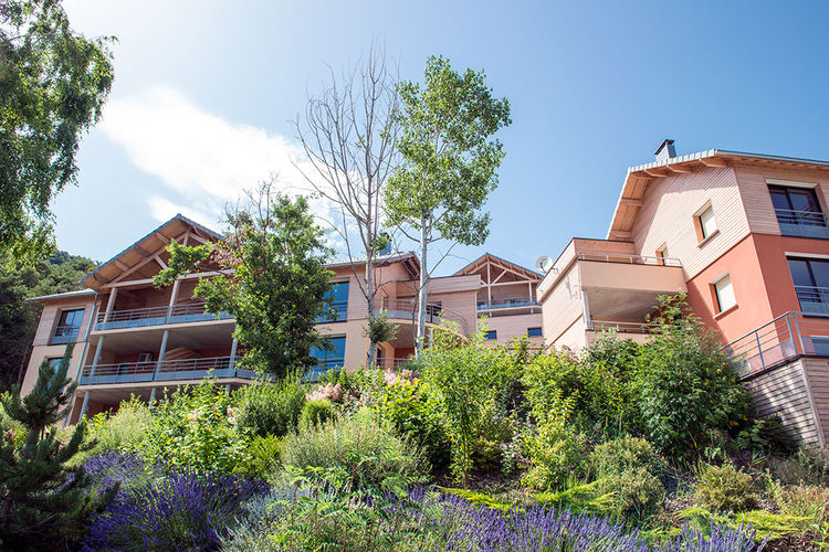 Zeer ruime en comfortabele appartementen bij het mooie meer van Serre-Ponçon.