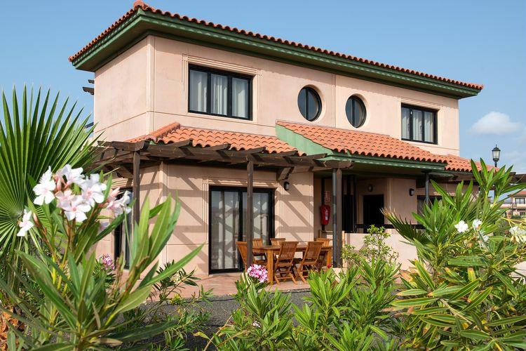Spanje | Fuert | Villa te huur in Majanicho met zwembad  met wifi 6 personen