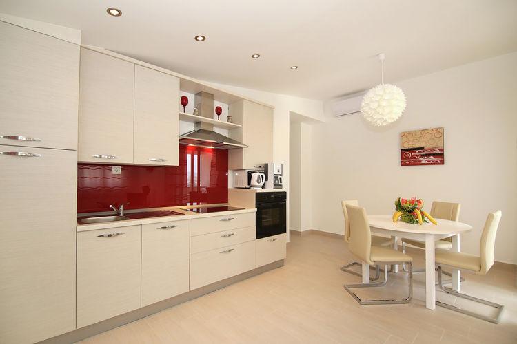 Appartement Kroatië, Dalmatie, Kastel Stari Appartement HR-21216-04