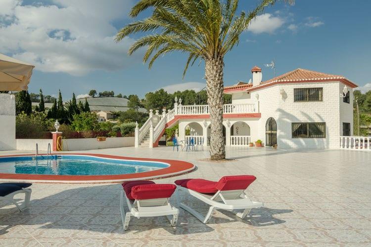 Valencia Vakantiewoningen te huur Vrijstaande villa privézwembad, groot terras, luxe buitenkeuken slaap/zit toren