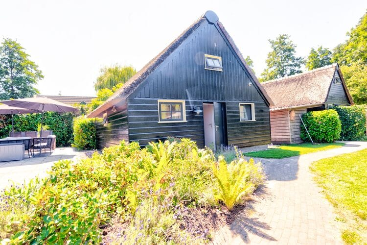 Woning Nederland | Overijssel | Vakantiehuis te huur in Giethoorn   met wifi 2 personen