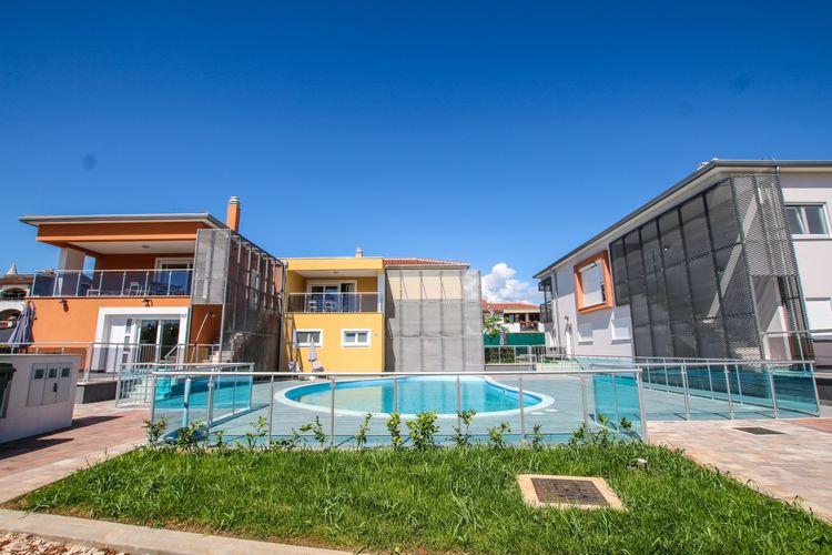 Appartement met zwembad met wifi  FuntanaGround Floor Apartment Residence Elody I with Terrace