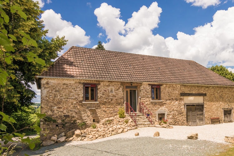 Frankrijk | Dordogne | Boerderij te huur in Saint-Priest-Les-Fougeres met zwembad  met wifi 4 personen