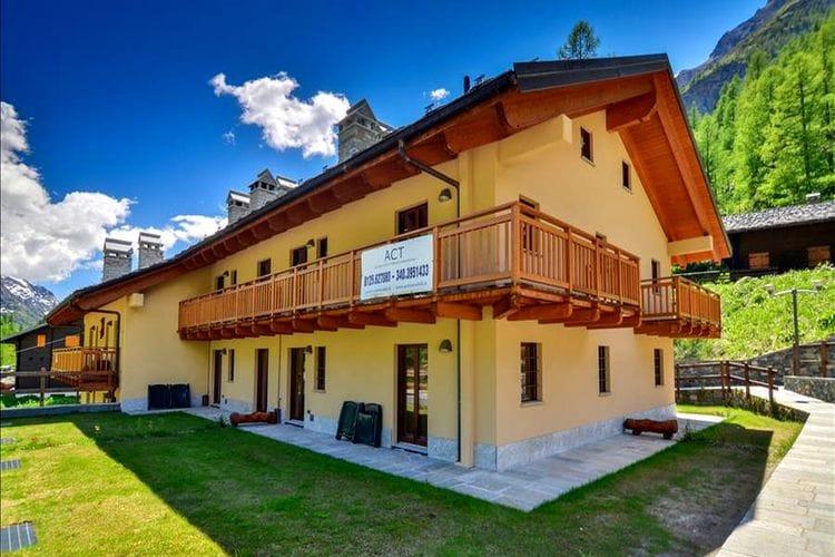 Val-daosta Chalets te huur Mountain-stijl accommodatie op slechts een paar honderd meter van de skiliften