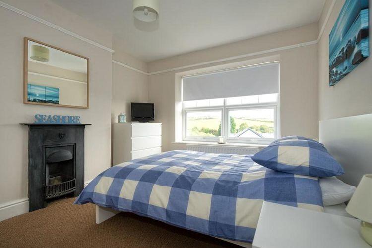 Ref: GB-00005-43 5 Bedrooms Price