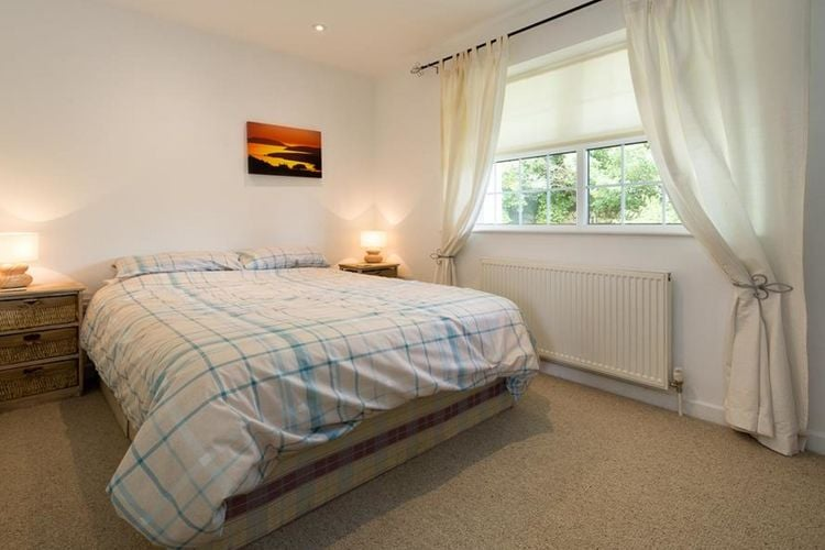 Ref: GB-00005-51 3 Bedrooms Price