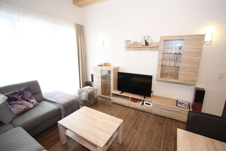 Ref: AT-5652-31 3 Bedrooms Price
