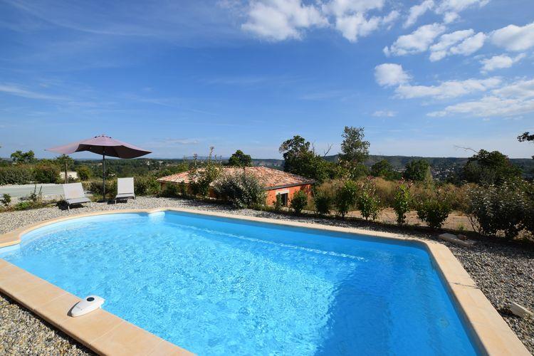 Villa met zwembad met wifi  Joyeuse  Prachtig gelegen nieuwe vakantie villa met prive zwembad, in hartje Ardèche