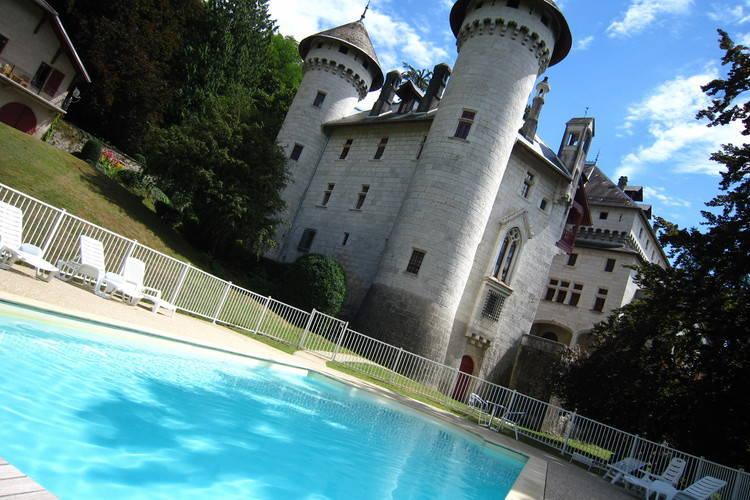 Vakantiehuizen Frankrijk | Rhone-alpes | Kasteel te huur in Serrieres-en-Chautagne met zwembad  met wifi 2 personen