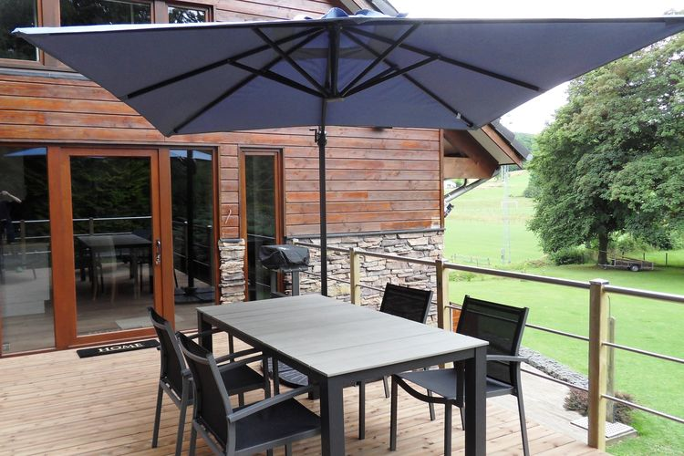 Appartement  met wifi  Harzé  Netjes modern appartement met groot privé terras om te ontspannen in de Ardennen
