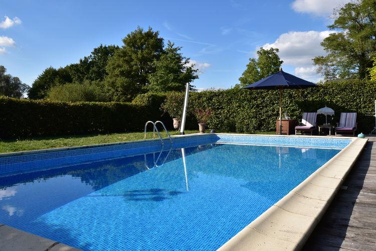 Woning Frankrijk | Region-Centre | Vakantiehuis te huur in Le-Chatelet met zwembad  met wifi 4 personen