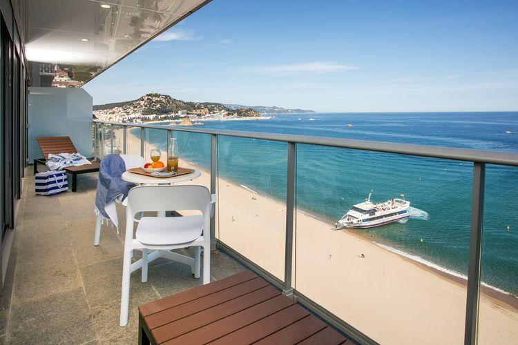 Blanes Vakantiewoningen te huur Studio twee personen direct aan het strand van de Costa Brava in Blanes
