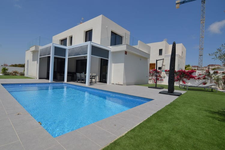 Villa met zwembad met wifi aan zee San Fulgencio  Villa Levante