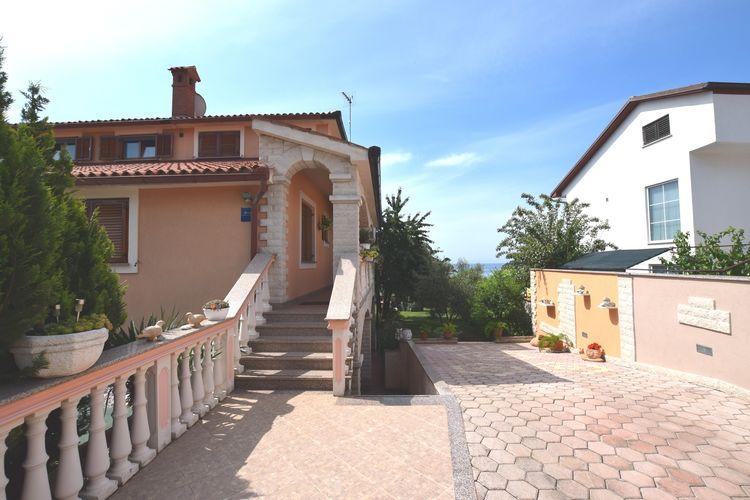 Kroatie | Istrie | Vakantiehuis te huur in Banjole   met wifi 4 personen
