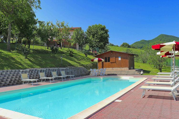 Vakantiehuizen Italie | Marche | Villa te huur in Pergola met zwembad  met wifi 11 personen