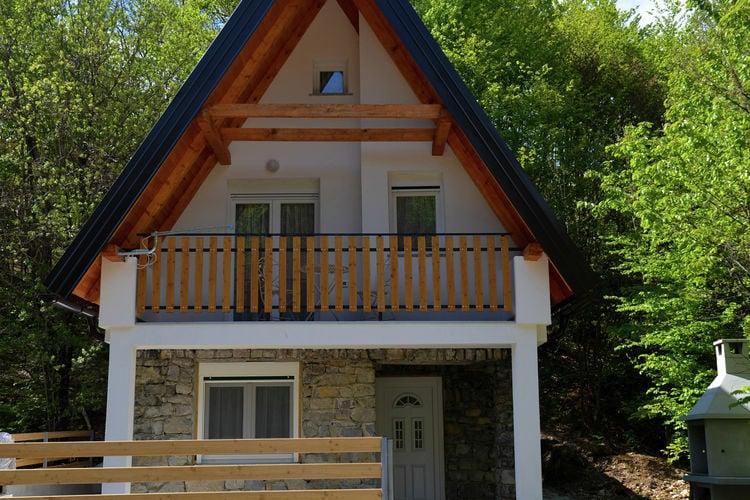 Kroatie Chalets te huur Leuk chalet voor 8 personen, vlakbij meer, inclusief kajaks en fietsen