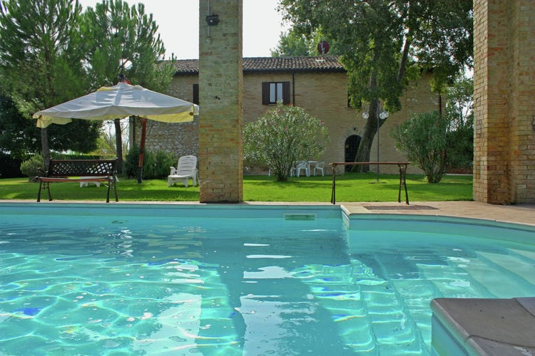 Vakantiehuizen Italie | Umbrie | Villa te huur in Fabbri-di-Montefalco met zwembad  met wifi 12 personen