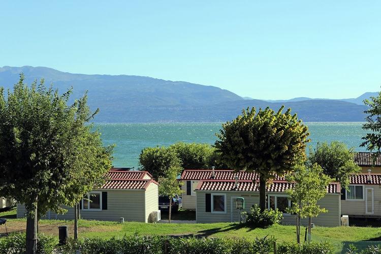 Chalet huren in Italiaanse Meren - met zwembad  met wifi met zwembad voor 5 personen  De appartementen en chalets op Res..