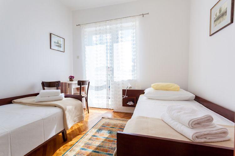 Appartement Kroatië, eld, Malinska Appartement HR-00006-33