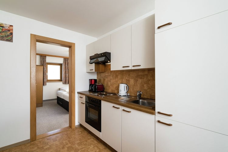 Ref: AT-5671-20 3 Bedrooms Price