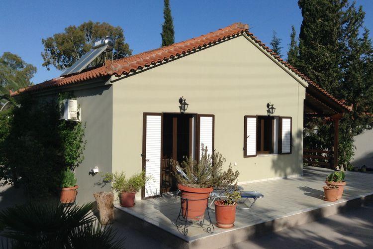 Ref: GR-24001-06 2 Bedrooms Price