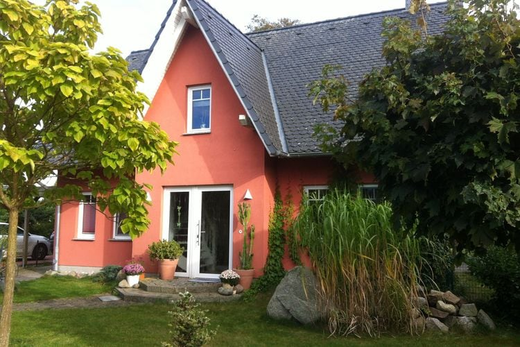 Vakantiehuis  met wifi  ZierowAn der Wismarbucht mit Kamin