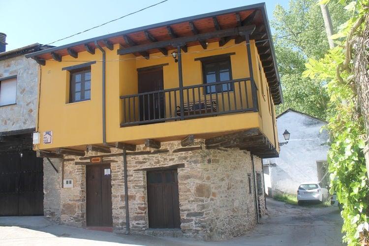 Castilla Y Leon Vakantiewoningen te huur Landhuis met uitzicht op de bergen en nabij Ponferrada en Las Medulas