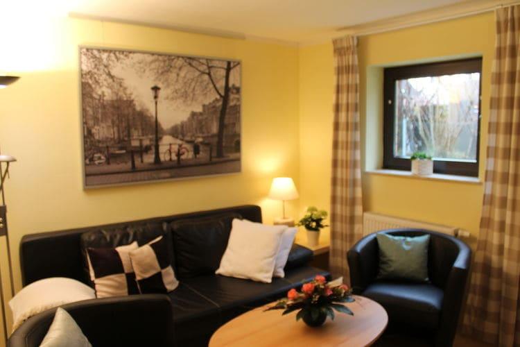Appartement  met wifi  Nienhagen  Tweekamerappartement met zithoek in de tuin, dicht bij strand, Nienhagen, badplaats aan de Oostzee