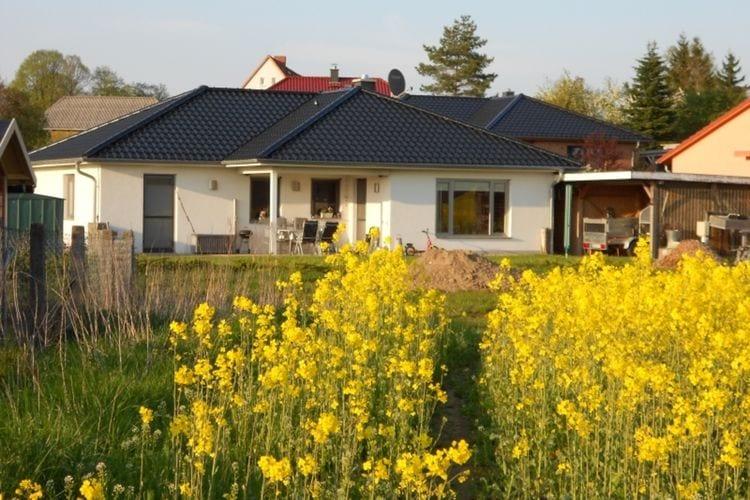 Appartement  met wifi  Kröpelin  Modern, gezellig appartement met terras en tuin